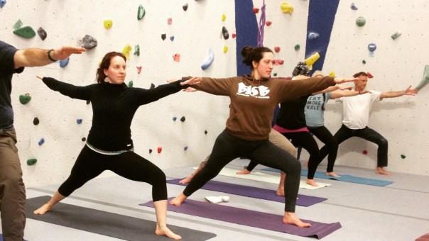 16x9_yoga
