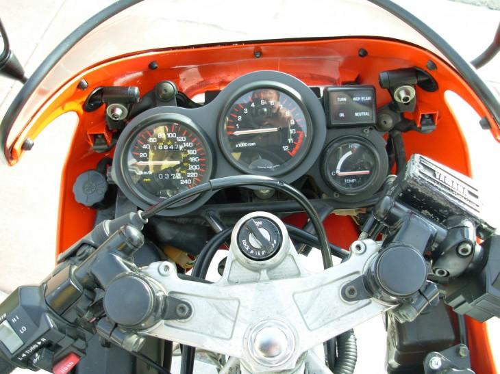 1985 Yamaha Marlboro RZ500 Dash