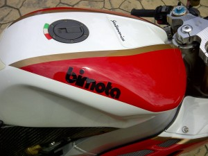 20150825 2006 bimota sb8k santamonica right tank
