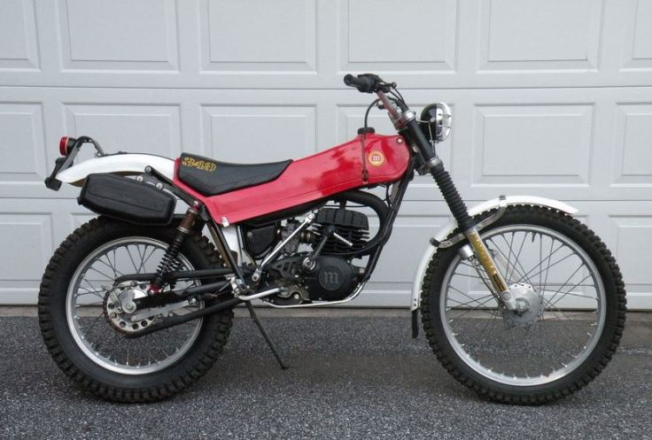 Montesa 349 - Right Side