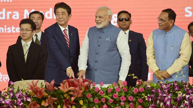 PM Modi and Japanese PM Abe lays foundation of Bullet Train