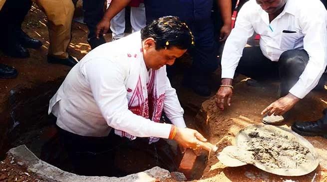 """Assam : Sonowal launches """"Mission Sambhav"""" 2018 for Swachh Assam"""
