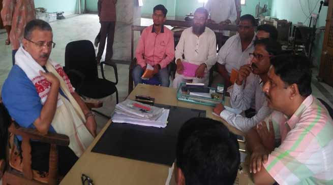 Assam: Director I&PR interacts with media persons in Hailakandi