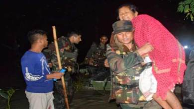 Photo of Assam: Army conducts Rescue Operation during night, save 160 marooned persons in Nalbari