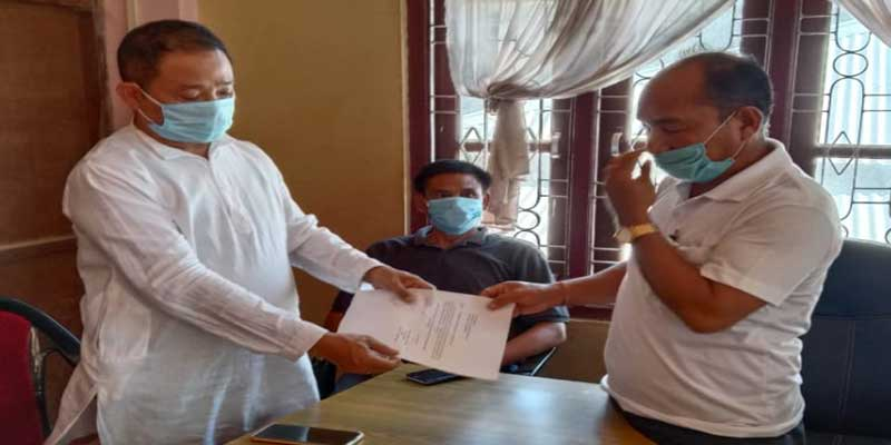Mizoram: Chakma District BJP President quits party and joins MNF