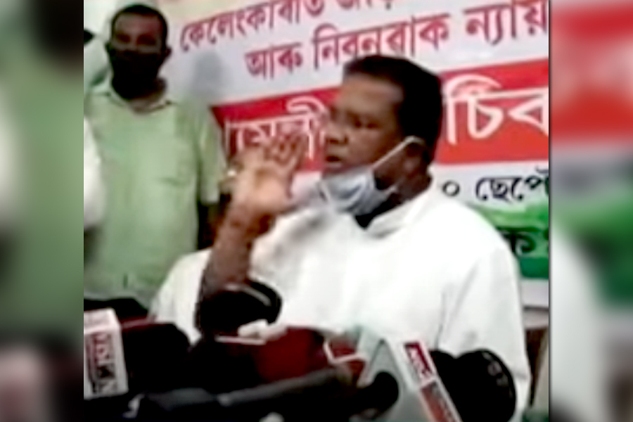 Assam Cong demands Sarbananda Sonowal's resignation as Chief Minister