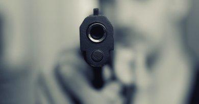 In Moringen: Räuber überfällt Tankstelle mit Pistole