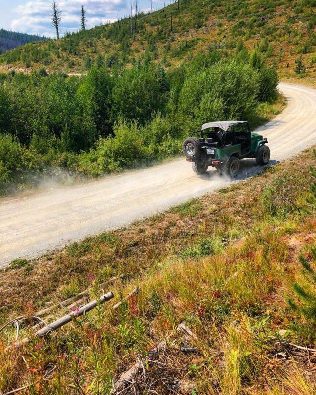 Toyota Landcruiser on NW Montana Backroad
