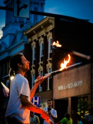 2013 : 0123 fire juggler