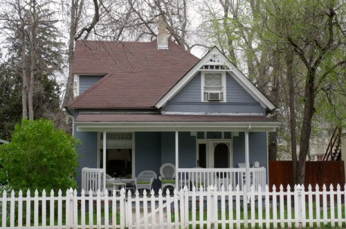 608 S. Howes was built in 1901 by George and Margaret Glover.