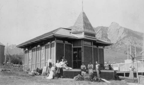 The art gallery at the Colorado Chautauqua in Boulder. (Photo from the Denver Public Library - X11717.)