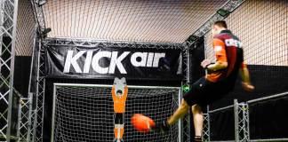 Kickair