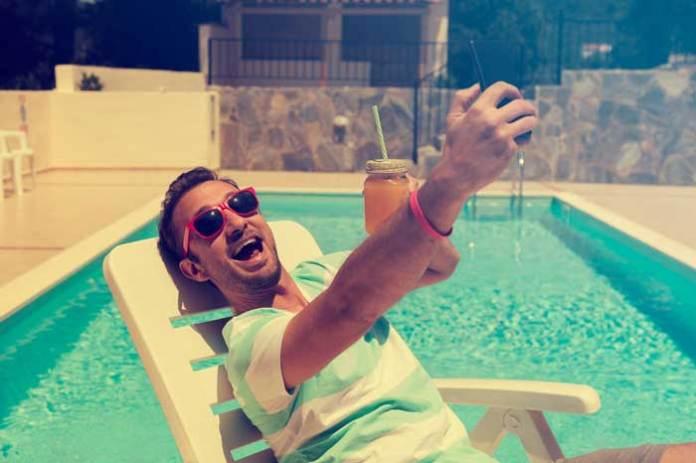 Selfie Pool