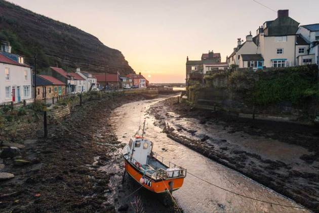 Staithes by Dave Zdanowicz