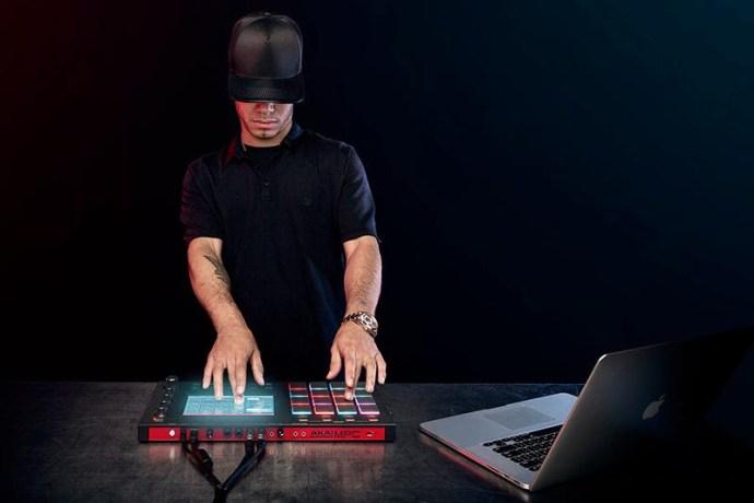 Araabmuzik releases 'King' and 'Goon Loops'