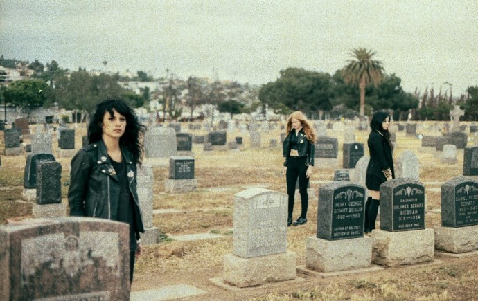 L.A. WITCH Announce tour with The Kills