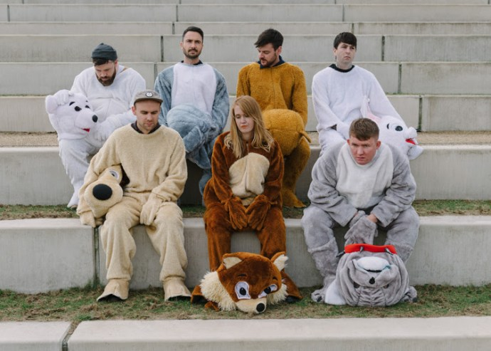 Los Campesinos! announce new album 'Sick Scenes'