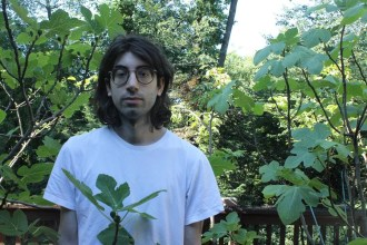 """""""Wine Lips"""" by jonathan franco is Northern Transmissions' 'Song of the Day'"""