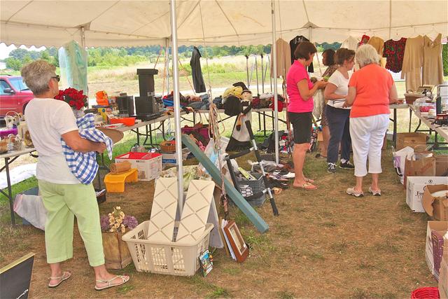 yard sales garage sales tag sales north fork