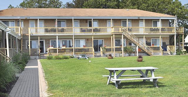 motel jamesport bay suites