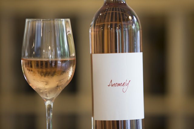 long island wine press anomaly white pinot noir anthony nappa