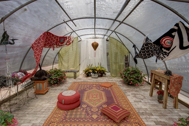 A hoop house turned meditation studio designed by The Giving Room and event organizer Bob Tapp. (Credit: Liz Glasgow)
