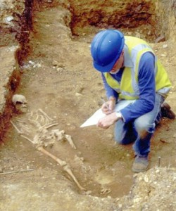 Excavating an early medieval burial in Queen Street during 2001