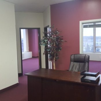 401E Reception - 180 sq ft