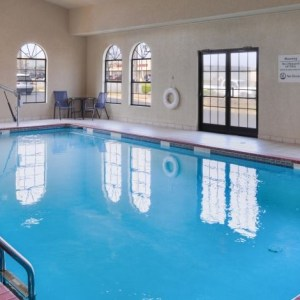 Holiday Inn Express and Suites North Little Rock, Arkansas pool