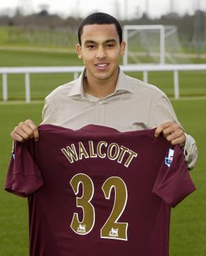 FBL-WC2006-ENG-WALCOTT