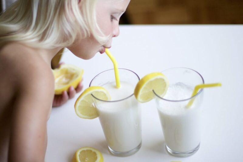 Coconut Lemon Smoothie (Vegan, Paleo, Gluten-Free)