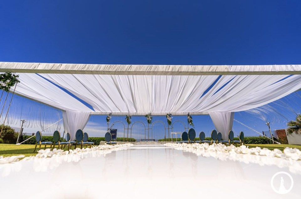 Luxury beachfront private Hotel wedding venue in Umhlanga Rocks at the North Star Micro Hotel.