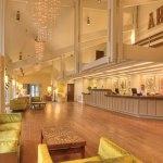 Getaway Spotlight: The Ashland Hills Hotel & Suites