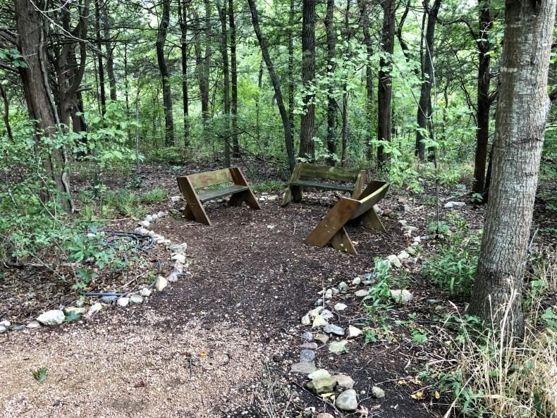 Dogwood canyon spot to rest