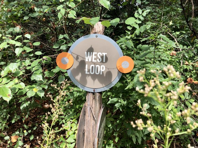 Dogwood Canyon: West Loop Sign