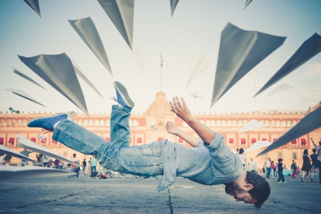 Levitation photography class on Skillshare by Ian Norman
