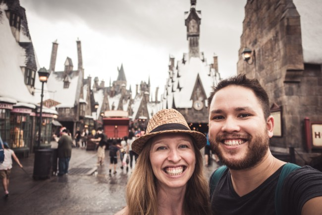 Diana Southern and Ian Norman in Hogsmeade, Wizarding World of Harry Potter