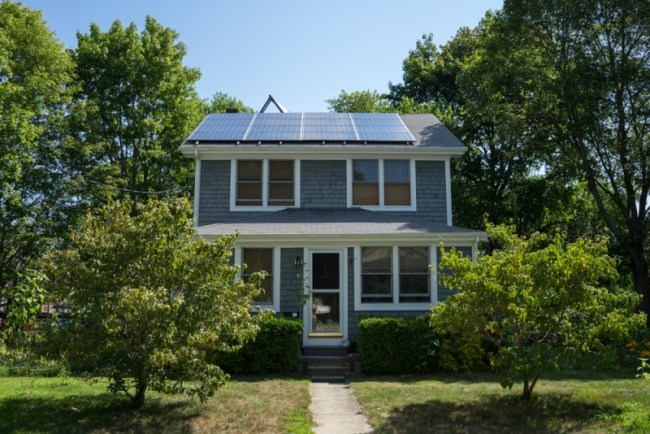 Airbnb house in Wareham, Massachusetts