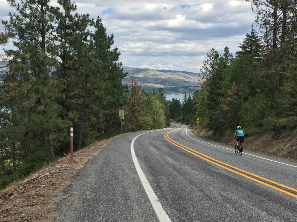 The home stretch: The descent from the north side of Navarre Coulee Rd to Lake Chelan.