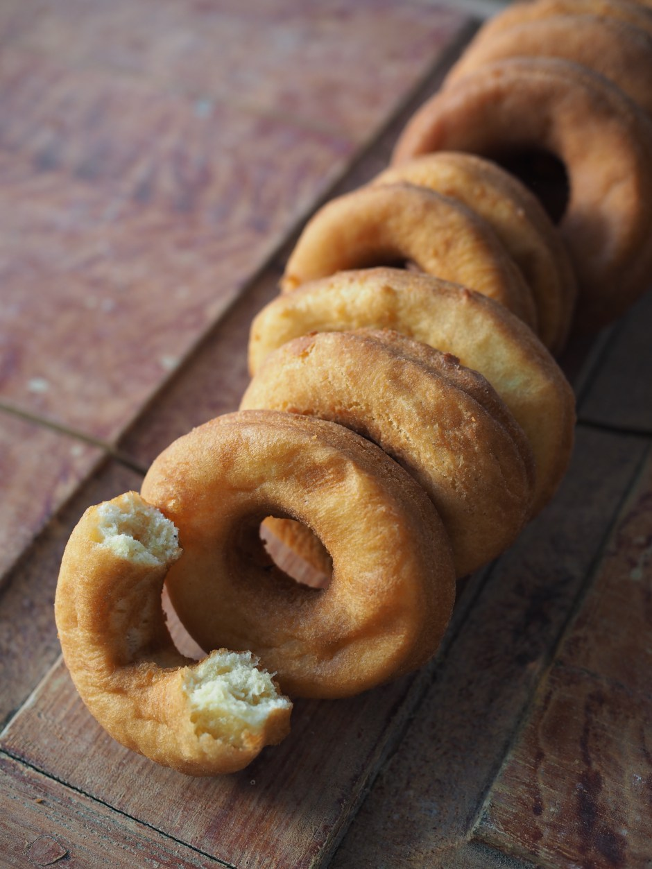 Smultringer (Norwegian Doughnuts) Served with an Apple Glaze