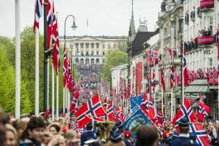 La Multi Ani, Norvegia !