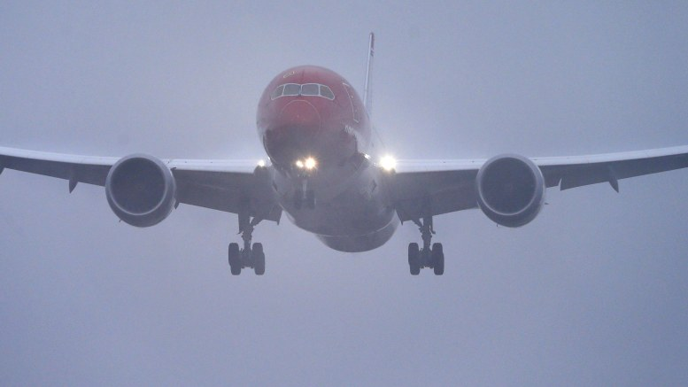 Norwegian Dreamliner DY7002