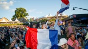 French fans and thousands of other