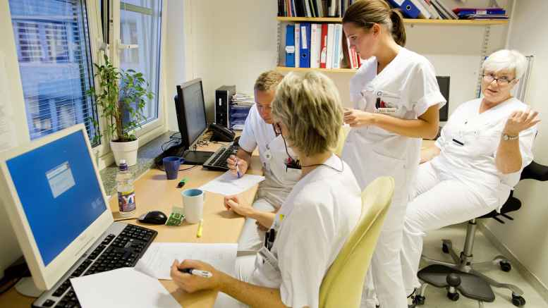 Nurses at work at Oslo Universitetssykehus