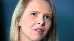Minister of Immigration and Integration Sylvi Listhaug ( Progress Party ), surrogaty