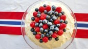 May 17th cake with the Norwegian flag, blueberries and raspberries.