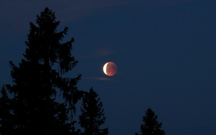 Moon eclipse