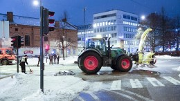 Tractor Driver Snow plough