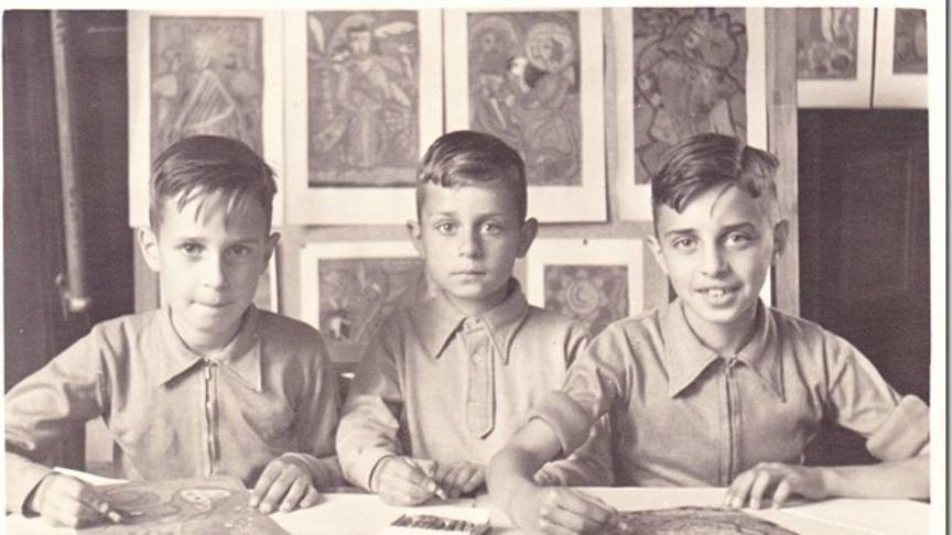 Marcel Roomans, on the left, with two brothers