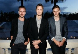Bill+Skarsgard+Celebs+Attend+Benefit+Help+Nb-mlLKFLjil[1]